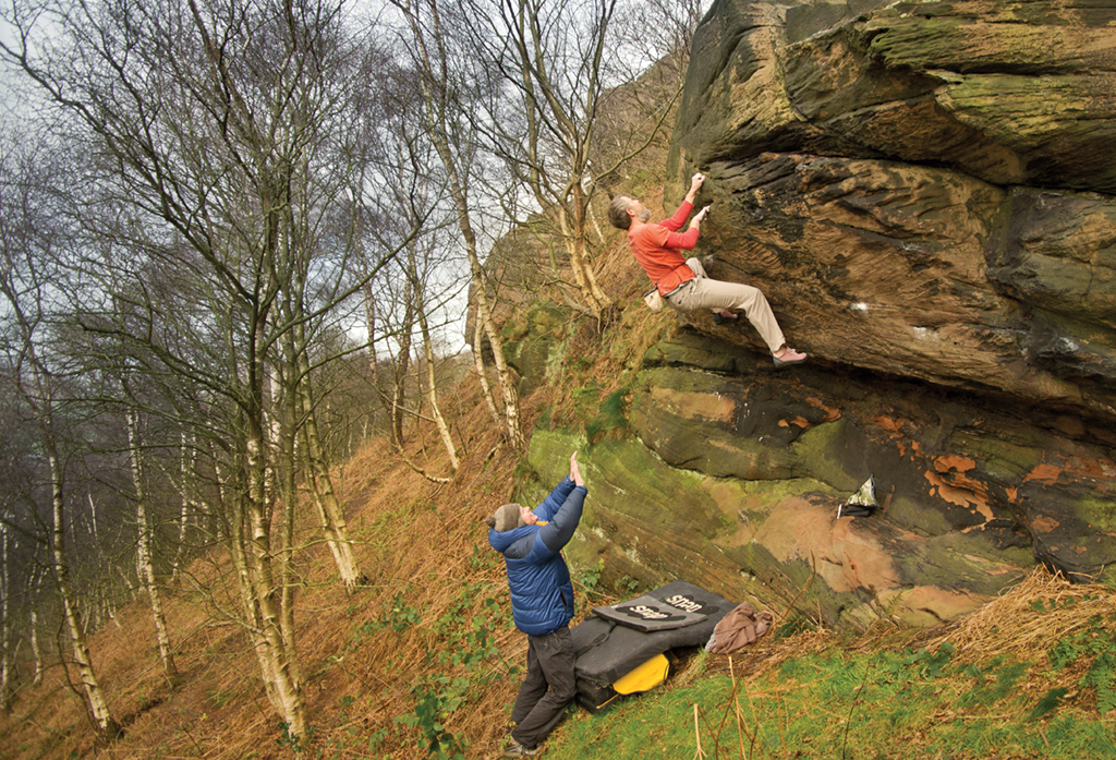 Andy Popp on Roll Out the Barrel at Helsby Boulders. Photo: Paul Evans