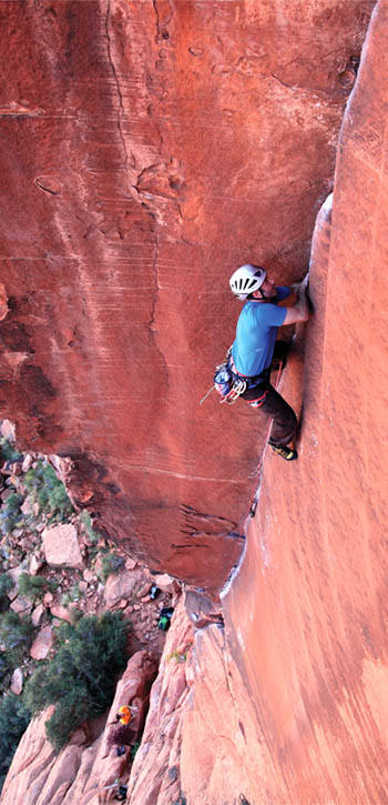Robin Nicholson and The Fox (5.10d) in the Calico Basin.