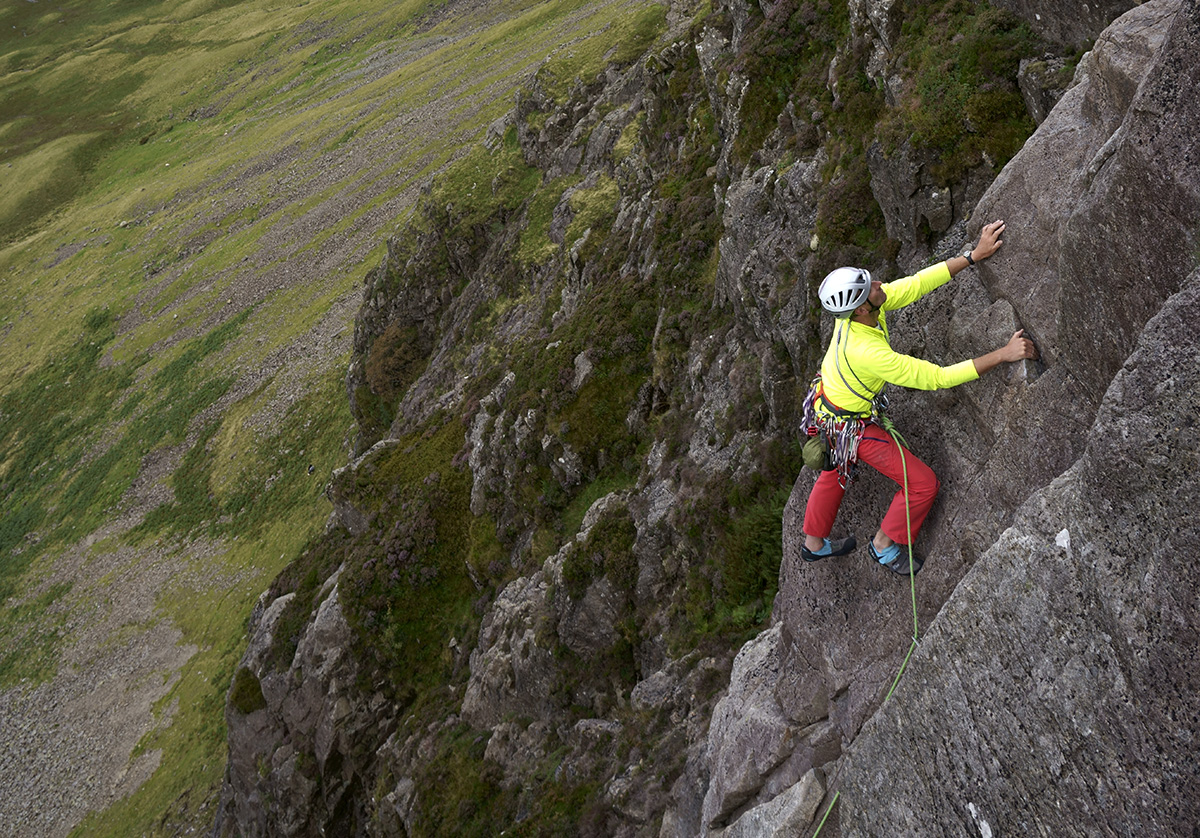 Mark Eddy on the upper pitches of Gillercombe Buttress (S), Gillercombe. Photo: © David Simmonite