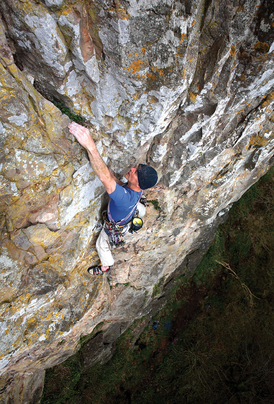 Tony Penning climbing the technical big soaring groove of The Don (E2 5c) on the Left-Hand Crag. Photo: © David Simmonite