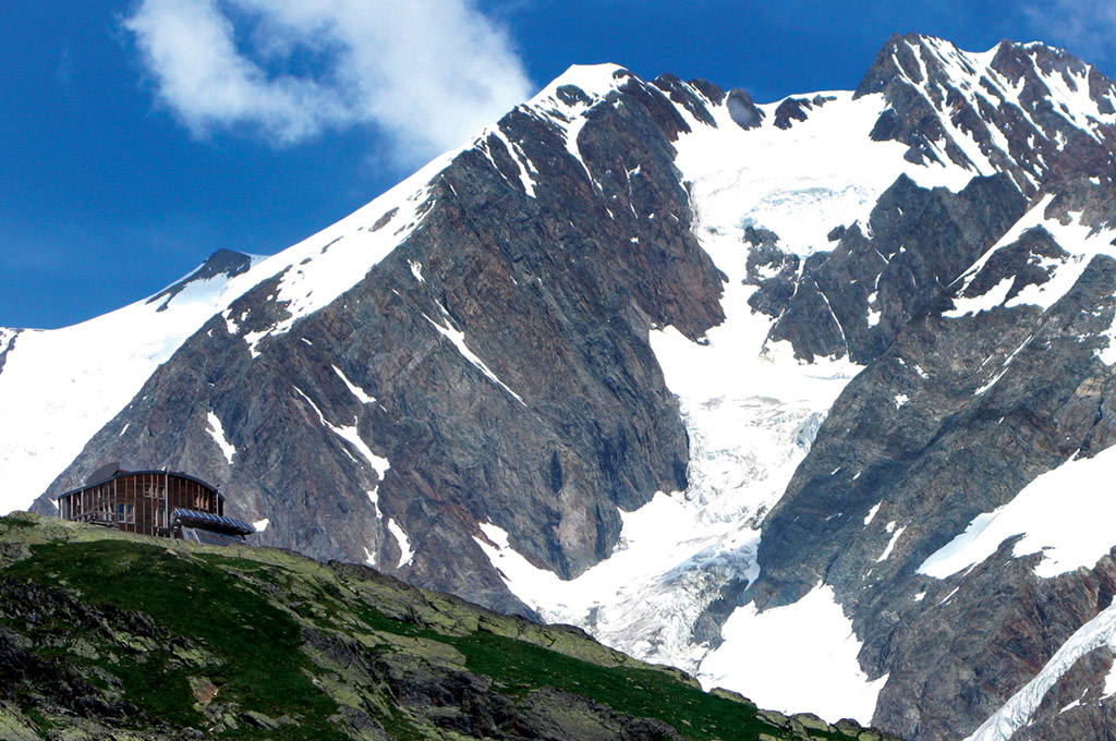 The Conscrits Hut with the Aiguille du Chardonnet behind. Photo: Stewart Moody