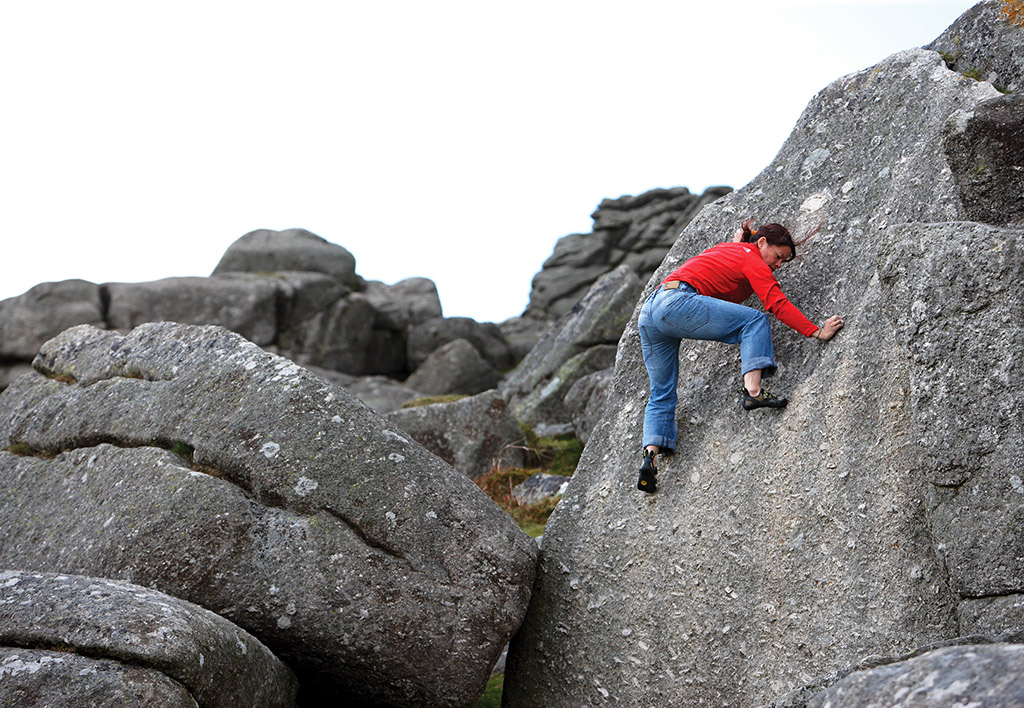 A test of technique and balance; Meilee Rafe tiptoes up the centre of Baby Slab (V1 or V2/3 depending on the line taken - in this case the V1 version). Photo: © David Simmonite