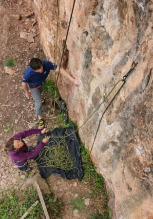 Once down –pull the rope leaving it set in the first bolt of the new route. Photo: Mike Robertson